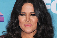 Khloe-kardashian-hair-and-makeup-fail-side